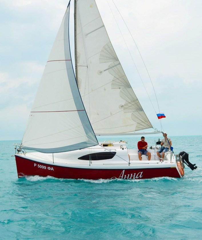 Парусная Яхта «Анна»