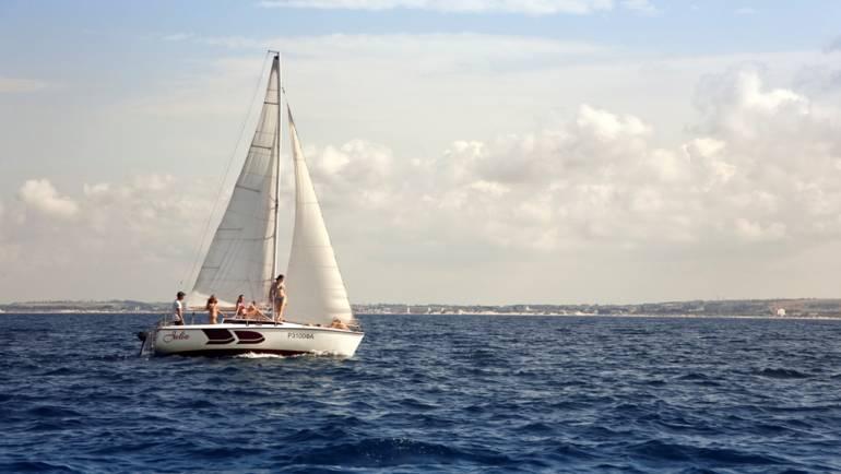 Парусная Яхта Julia (Джулия)
